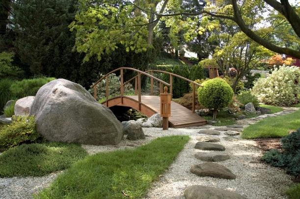 Mit Feng Shui im chinesischen Garten zur Ruhe kommen