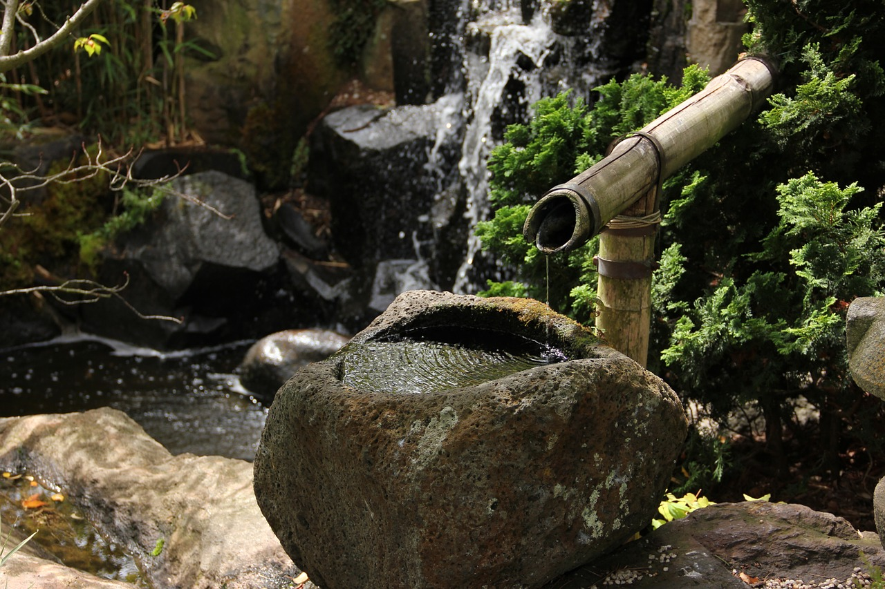 Wasser im japanischen feng shui garten la imperial feng for Idee wasser im garten