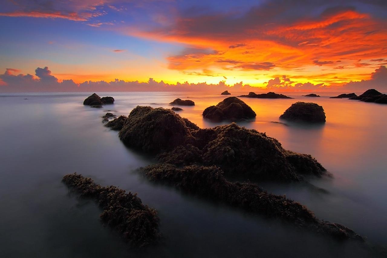 Himmel, Erde, Mensch und das Tao. Foto Pok_Rie